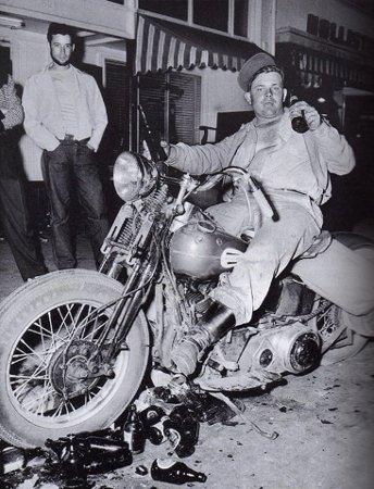 Hollister_riot_life_magazine_19471