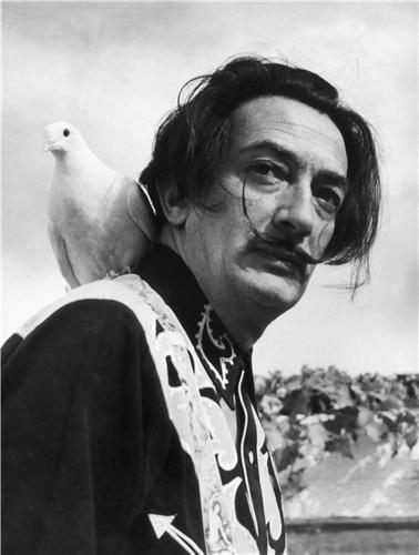 Dalí con camisa western