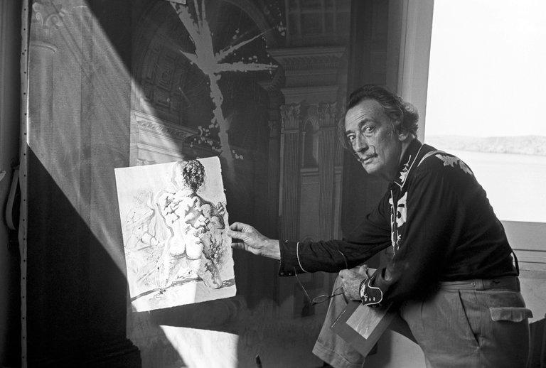 Salvador Dalí, fan declarado de las camisas western