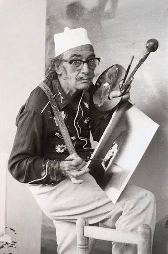 Salvador Dalí con camisa western