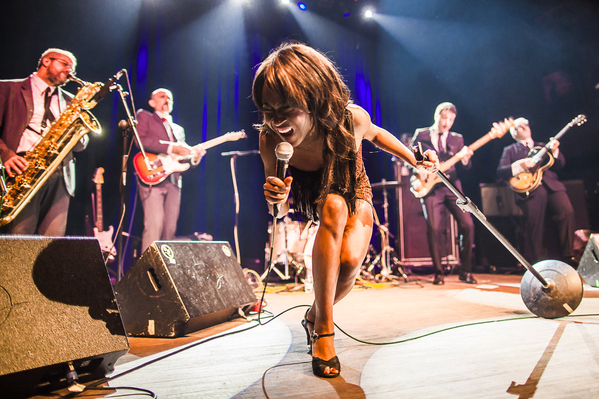 ENTREVISTA CON THE EXCITEMENTS